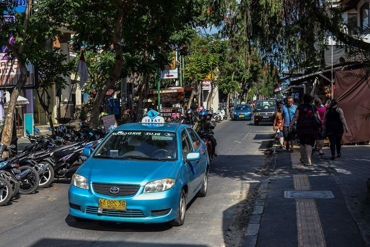 Taxi in Bali, Blue Taxi taxi