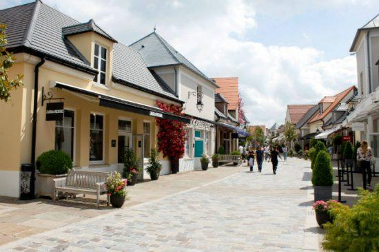 Outlet La Vallee Village ao anatiny