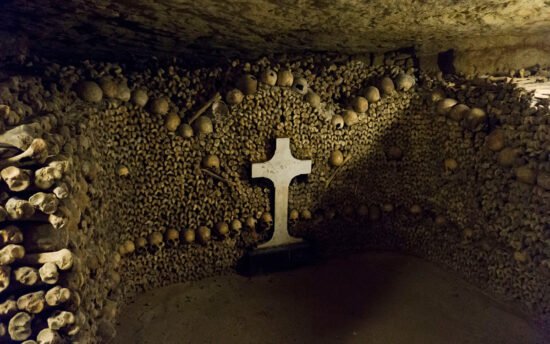 Катакомбы Парижа (Catacombs of Paris)