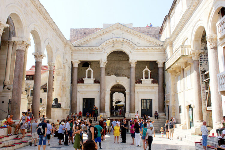 Дворец Диоклетиана (Diocletian's Palace)