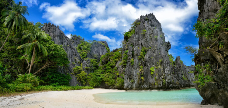 Пляж Хидден Бич, Палаван (Hidden Beach, Palawan). Филиппины.