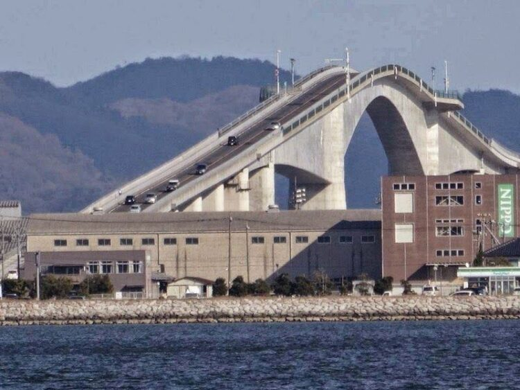 Мост Эшима Охаси, Япония. (Eshima Ohashi Bridge). Другой ракурс